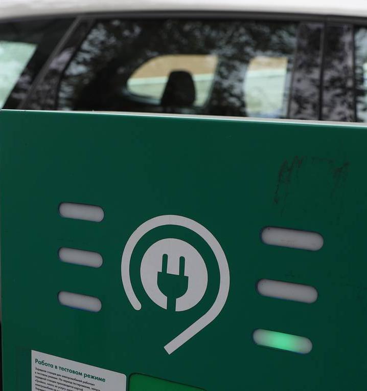 Нефтяники и производители автомобилей откроют производство литий-ионных аккумуляторов