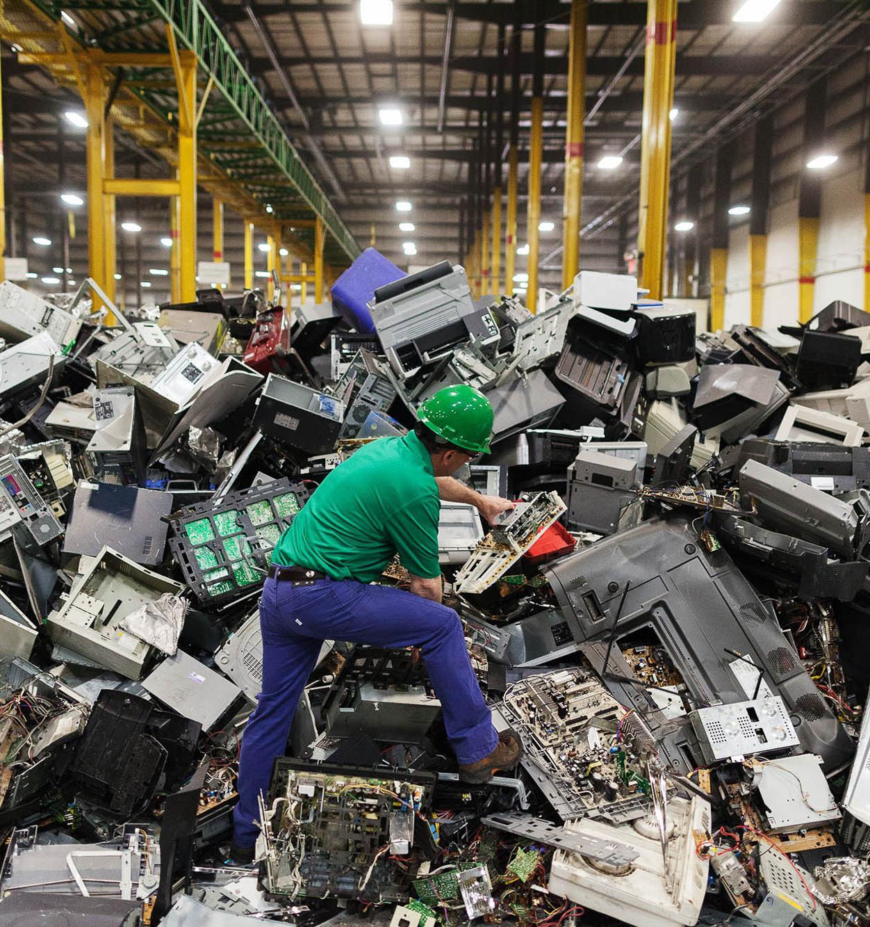 В Москве создадут комплекс по утилизации электронных отходов