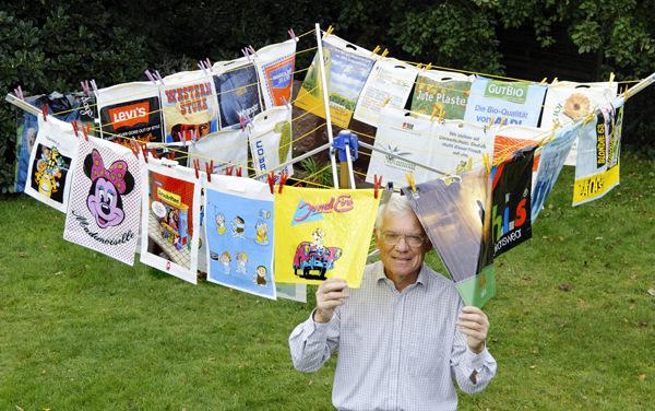 В Германии прошла выставка старых пластиковых пакетов