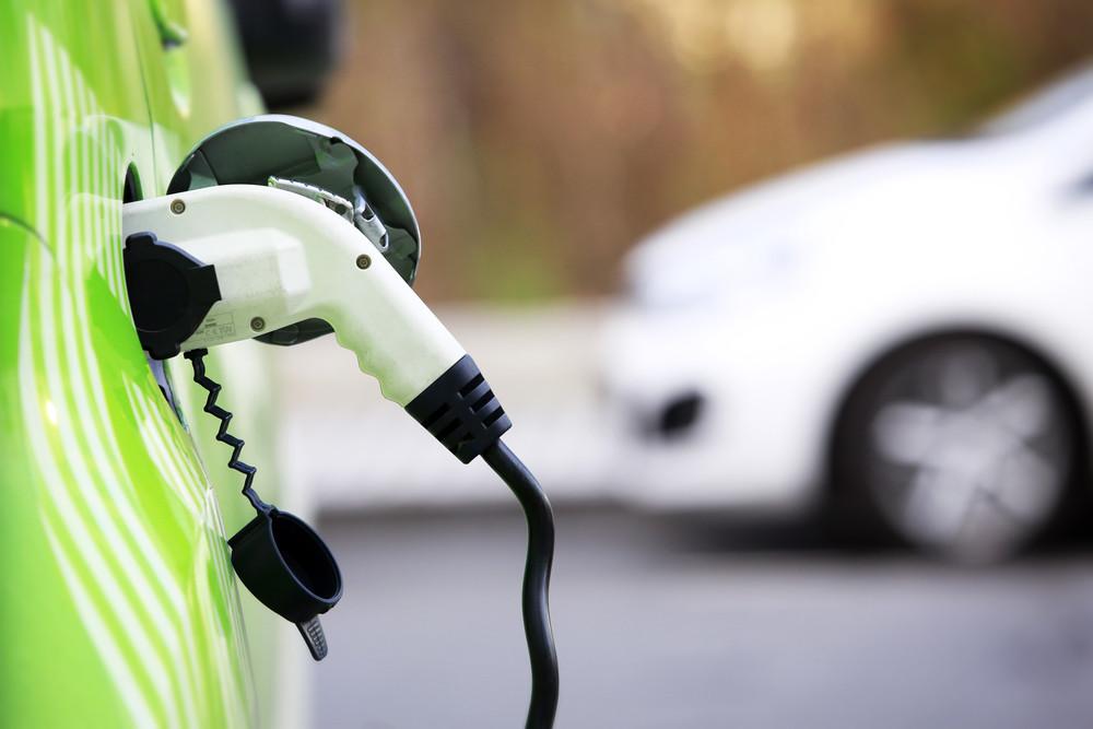 В Великобритании продали рекордное количество электромобилей